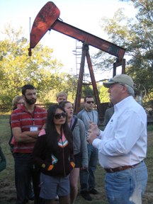 students visit oil & gas field